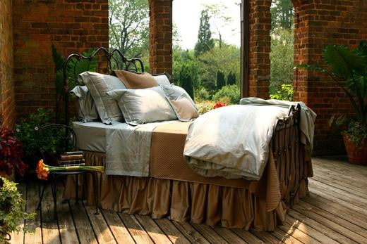 Lady Diana Iron Bed